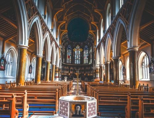 Nordirland: 601 Übergriffe auf Kirchen und Friedhöfe in fünf Jahren